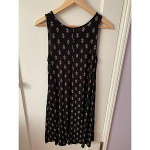 Old Navy Dresses - Black and white print dress